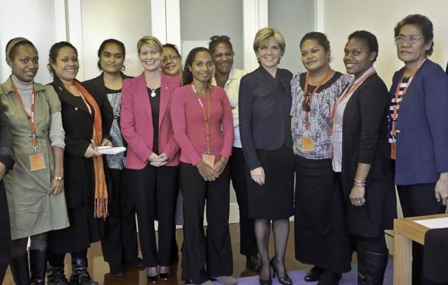 Visiting Pacific journalists connect with Australia's women leaders